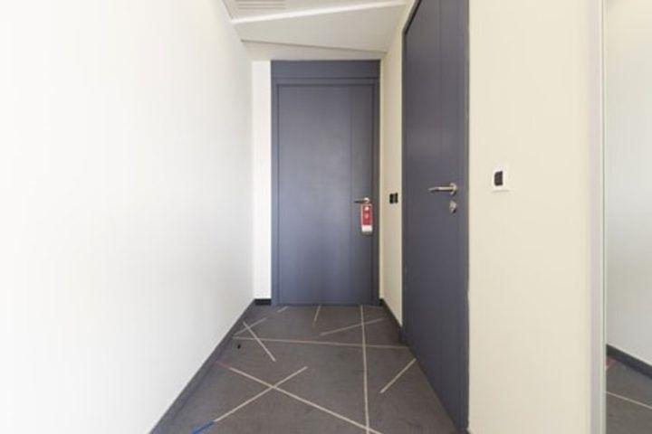 Tochtstrip plaatsen bij ramen of deuren
