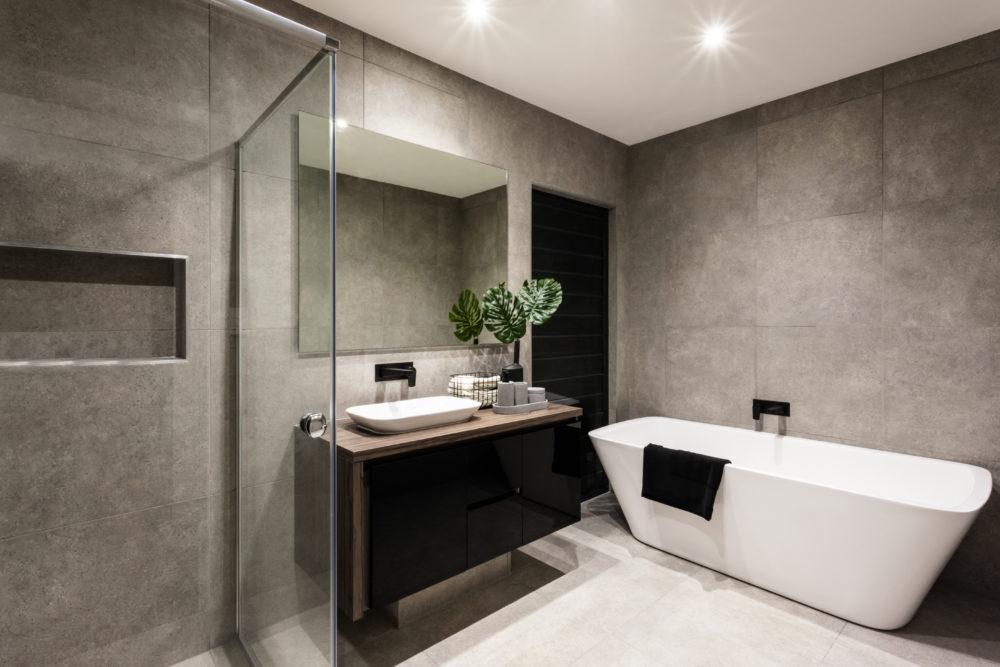 neutrale kleuren badkamer