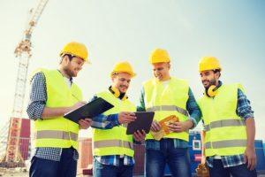 Waar moet werkkleding voor de bouwsector aan voldoen?
