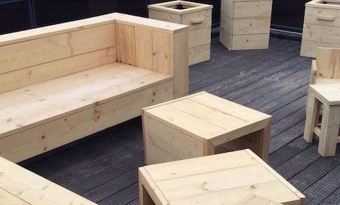 Van normaal hout steigerhout maken