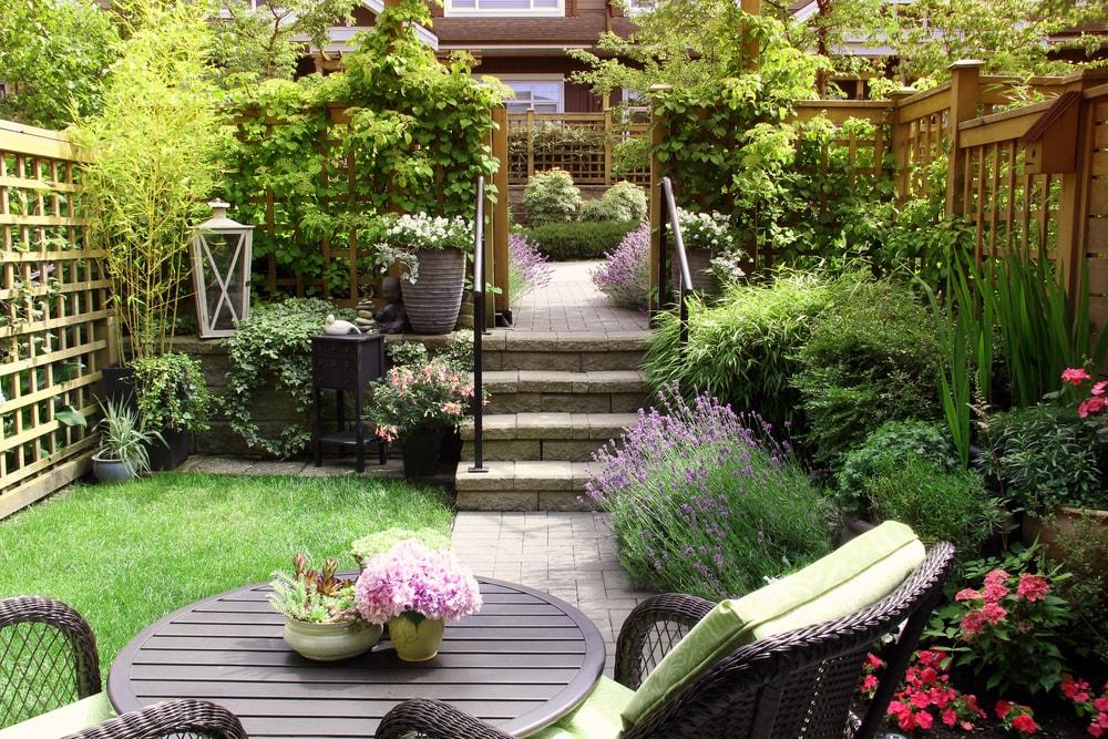 Oorzaken verzakkingen tuinpand