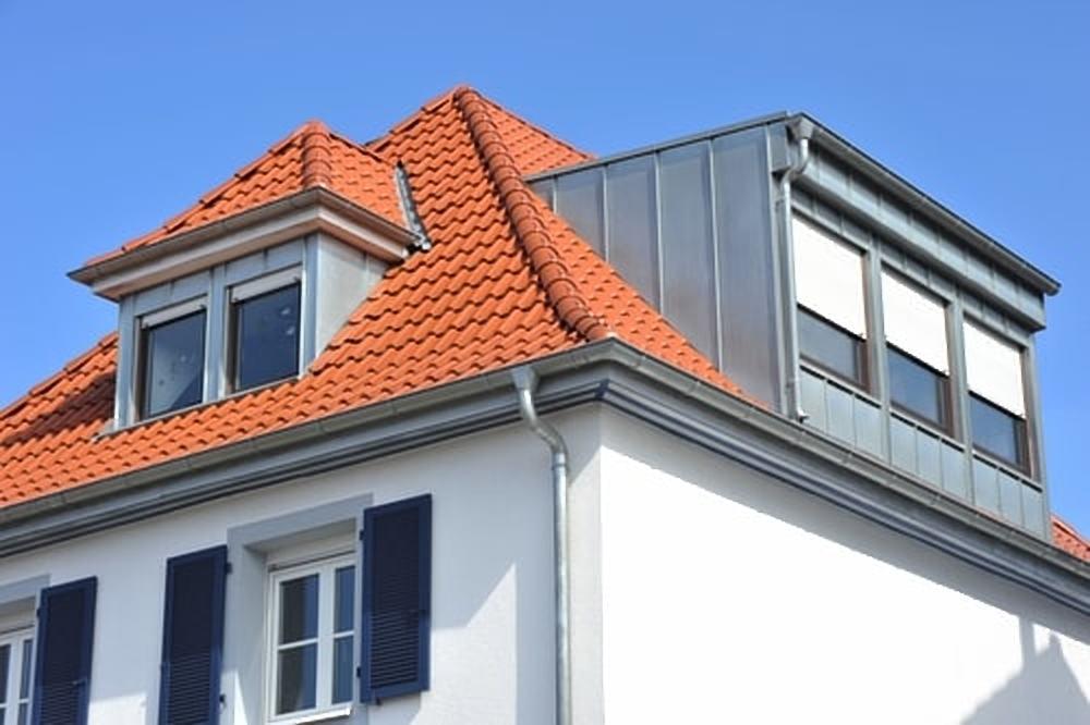 Dakopbouw op een schuin dak