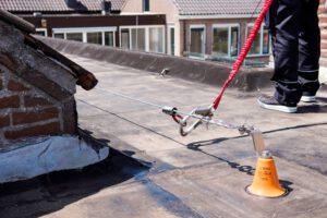 Voordelen van dakbeveiliging tijdens het werk