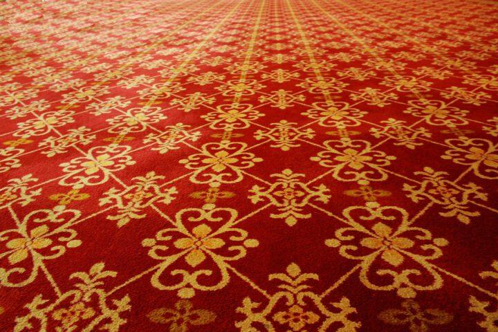 Specialisten in Perzische tapijten benaderen