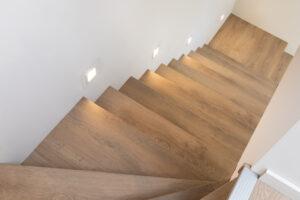Transformeer je standaard nieuwbouw trap tot een eyecatcher